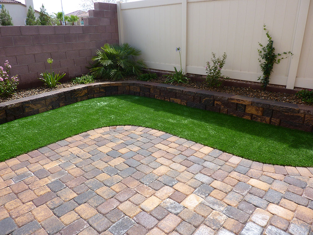 Walled In Landscaping Coastal Greenscapes